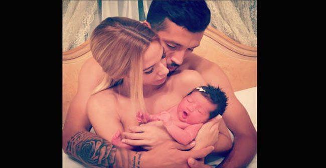 Foto del instagram de Tamara Gorro y su bebé
