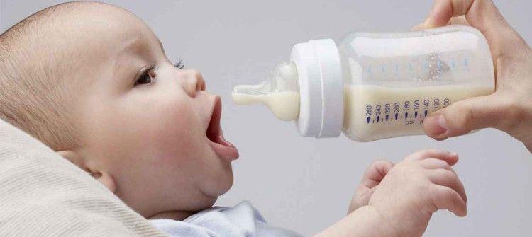 preparar el biberón de tu bebé