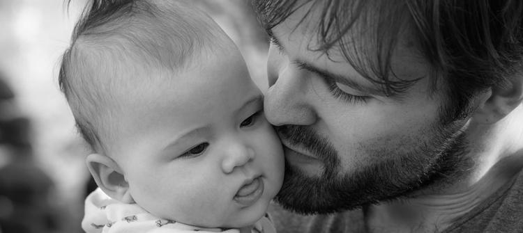 día del padre permiso de paternidad