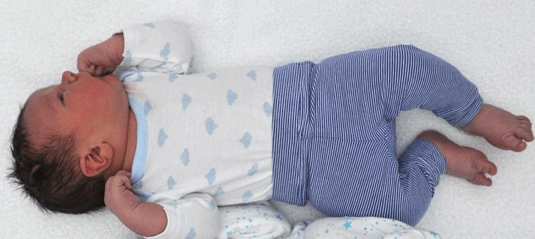 Bebé austraiano con 6 kilos de peso
